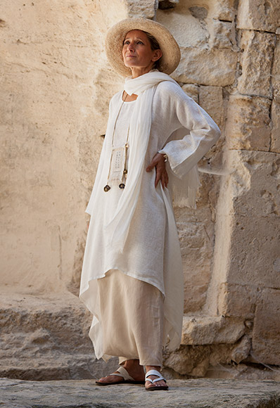 Loose Fit Off White Linen Tunic Amalthee N 176 3392