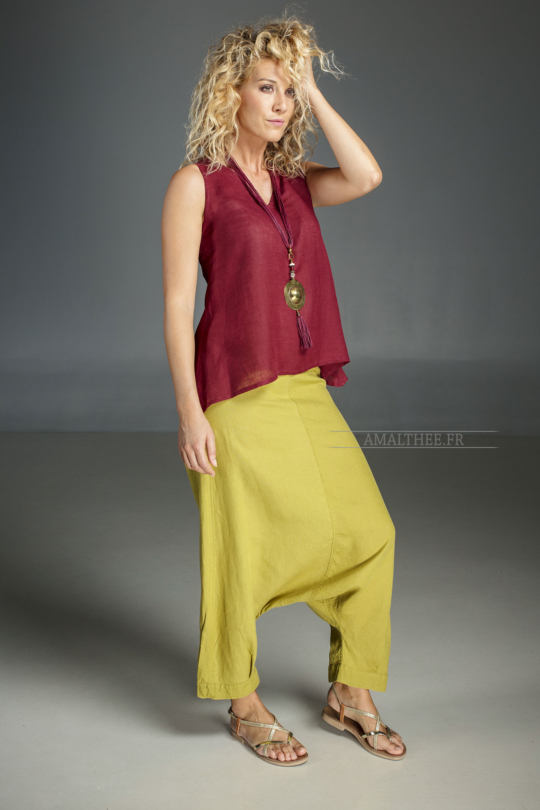 Our Adrien sarouel pants (elastic waistband at the back zip on the side) . Looks