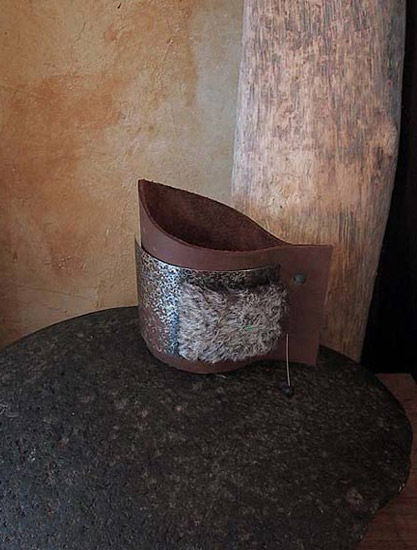 leather cuff with faux fur Jewellery