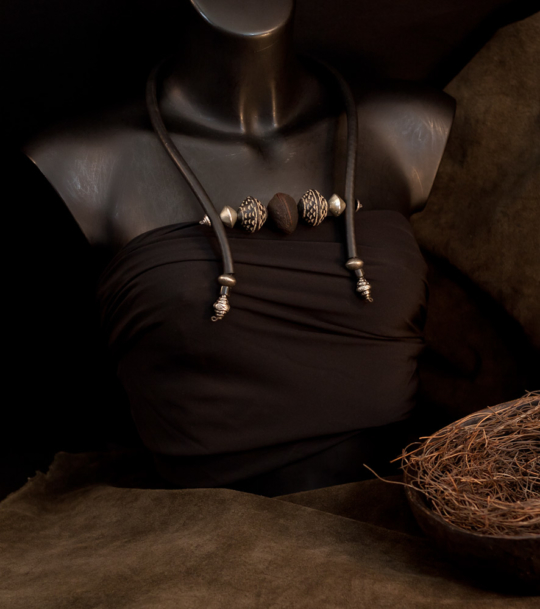 ETHNIC CONTEMPORARY NECKLACE Jewellery