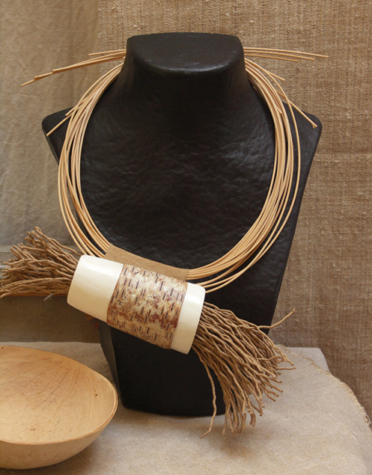 spectacular hand-made adornment necklace from Amalthee Jewellery