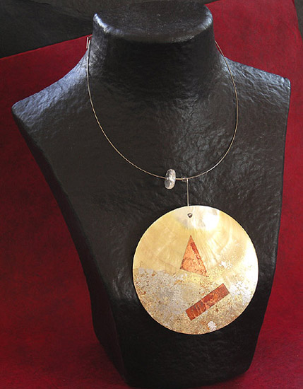 MOTHER PEARL DISC NECKLACE Jewellery