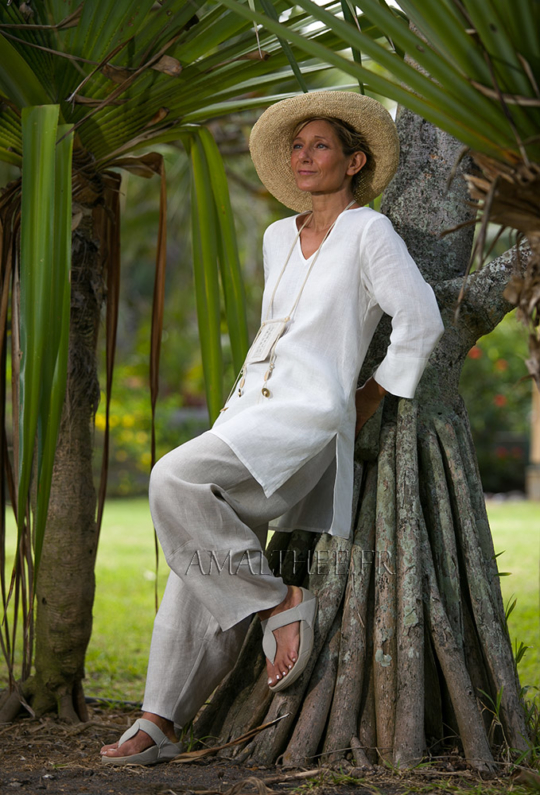 White summer linen tunic with dark natural linen pants Looks