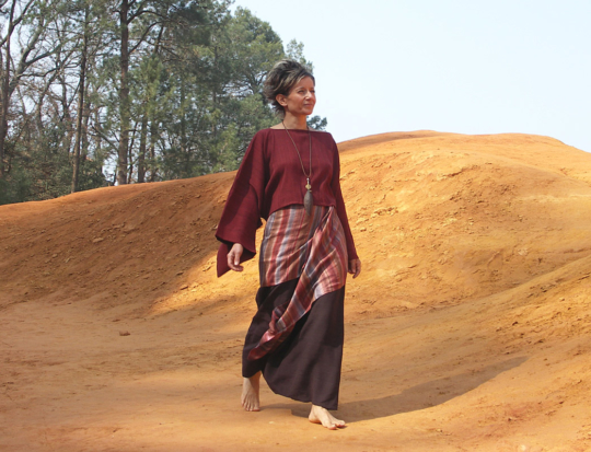 Top 'japon' with kimono sleeves made of raw silk Looks