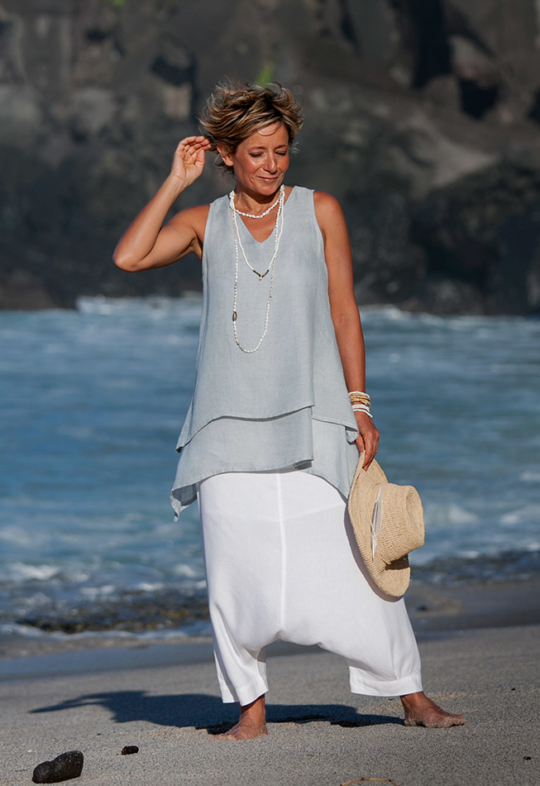 double-layers for this pale blue linen gauze Top Looks