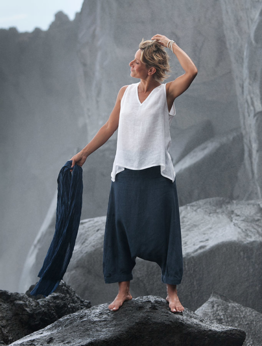 Women's sumer time apparel:  white linen gauze little Top and sarouel pants Looks
