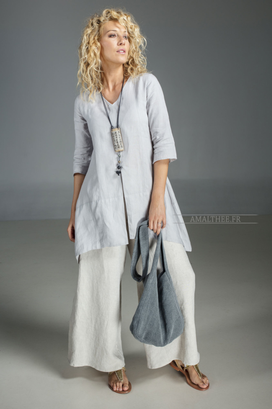 Our natural grey blue linen blouse EmilieTHE must have of this summer! Looks Spring summer