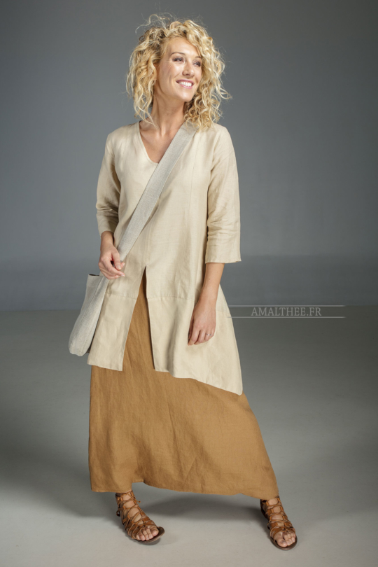 Our sand beige linen blouse Emilie  Wear it with our tobacco linen sarouel skirt for a super Boho Chic Looks Spring summer