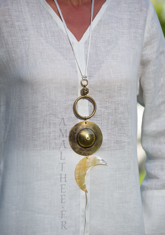 Bridal jewel: Yin and Yang talisman, Cosmic Union between The Sun and The Moon Jewellery