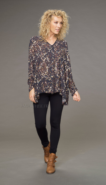 Alaya fluid tunic with autumn print wth the black jeggings Looks Winter autumn