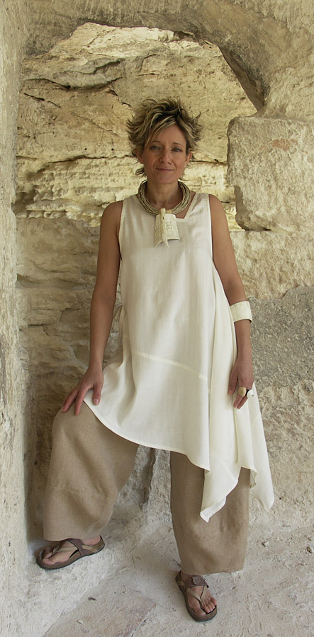 Tunic made of  silk shantoung natural color Looks