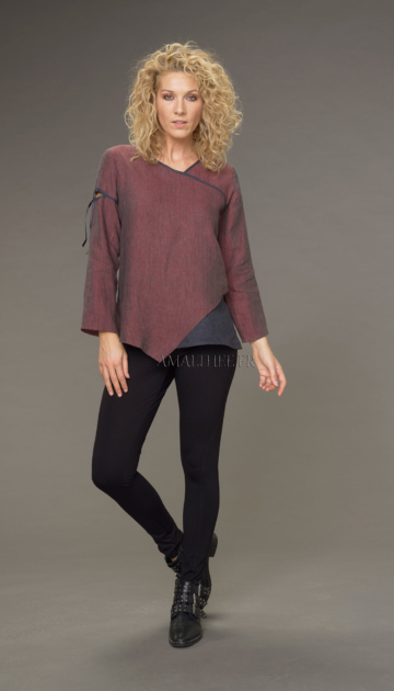 Camille top in two-tone garnet / dark blue chambray linen (with fancy tie) Tops
