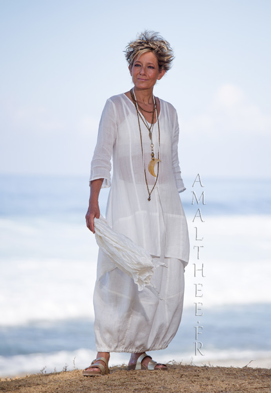 Thin linen Organdi Shirt Emilie with our natural white linen skirt Zoé Looks