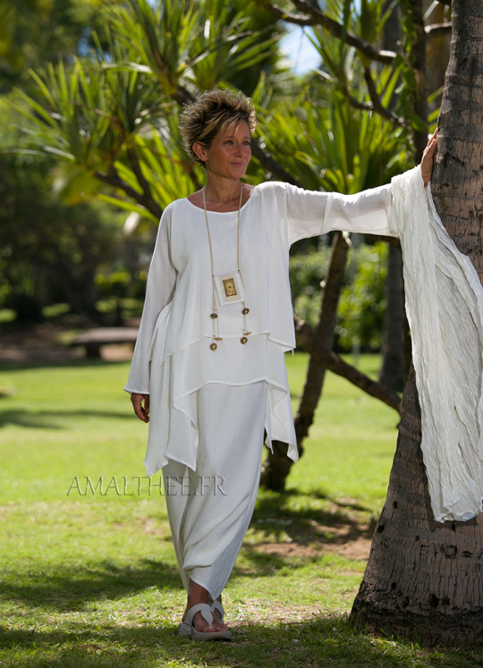 Loose fit natural white silk tunic perfect for wedding party Looks