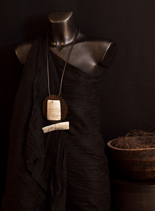 Wood necklace: Macassar ebony and zebu horn necklace Jewellery