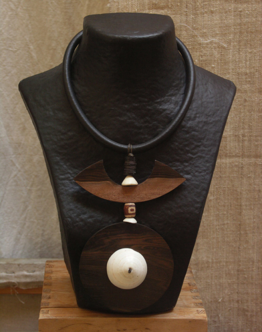 Necklace with Macassar ebony and ethnic beads and Mauritanian shell Jewellery