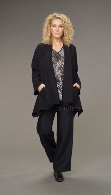 Eden trousers topstitched in black linen trousers