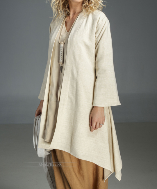 dust coat Sahara cut in a super soft and supple pure linen. Coats