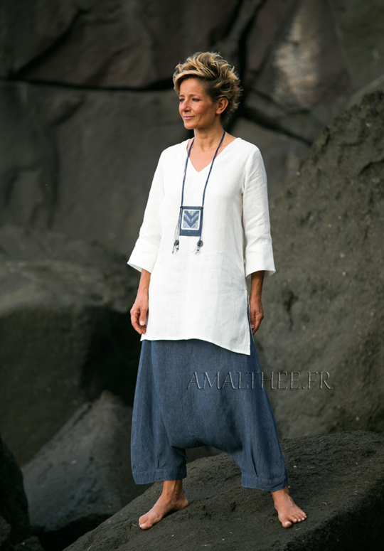 Women apparel: natural white fine linen tunic with a denim blue chambray linen harem pants Looks