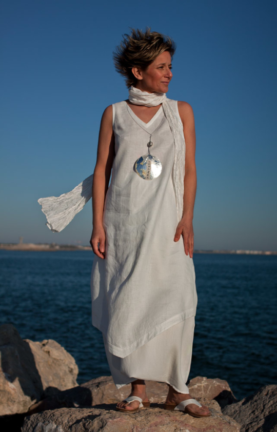 Set of white linen: tunic and harem pants Looks Spring summer
