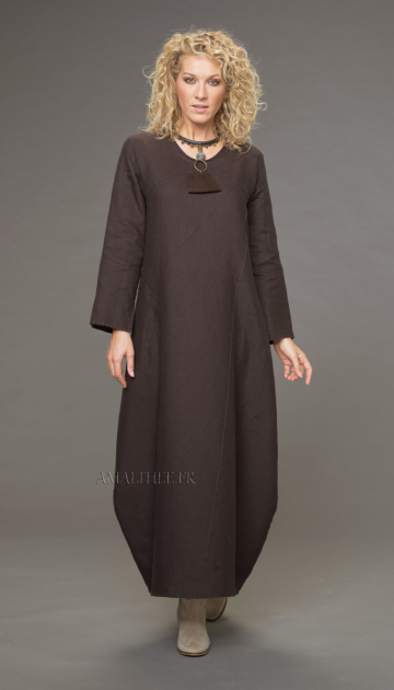 Manon Long Linen Dress with visible seams Looks Winter autumn