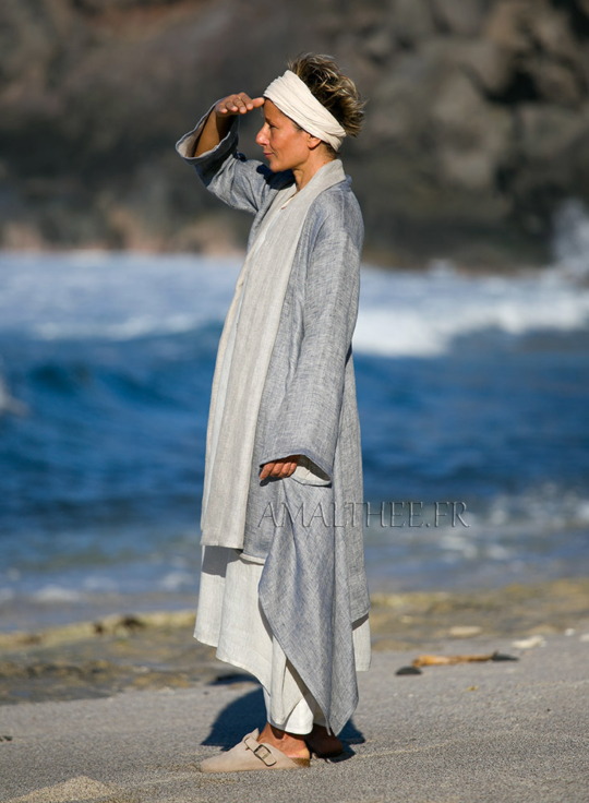 Spring-summer season Blue linen  coat 2 layers woven together oatmeal and blue Looks Spring summer