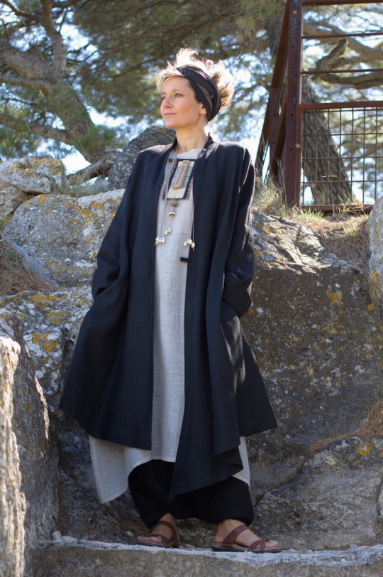 Women outfit black linen coat [category]