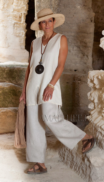 Linen outfit:sleeveless off white linen tunic and oatmeal linen  trousers. Looks Spring summer