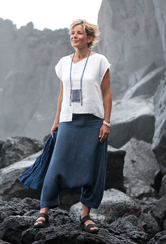 "white linen asymmetrical""Square"" Top and blue denim sarouel/skirt Looks"
