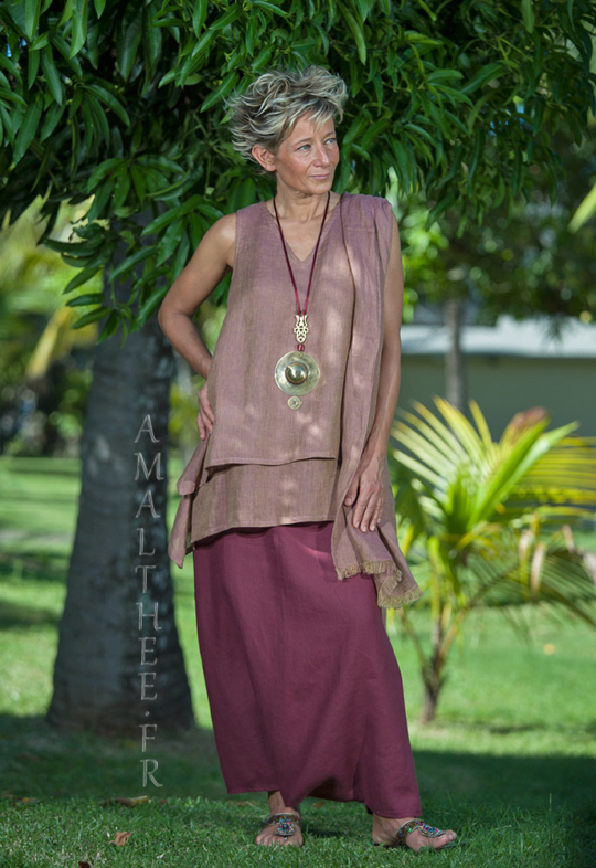 Rosewood linen gauze tunic with raspberry linen sarouel skirt Looks
