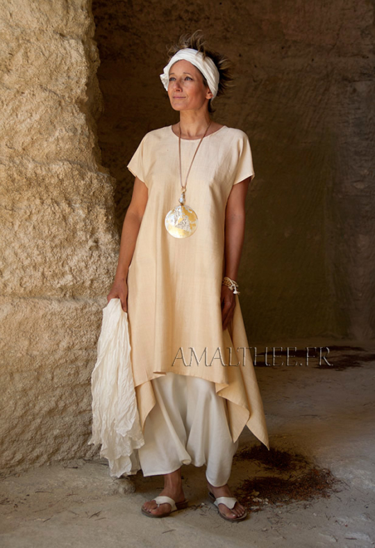Loose fit shantung silk tunic. Looks Spring summer